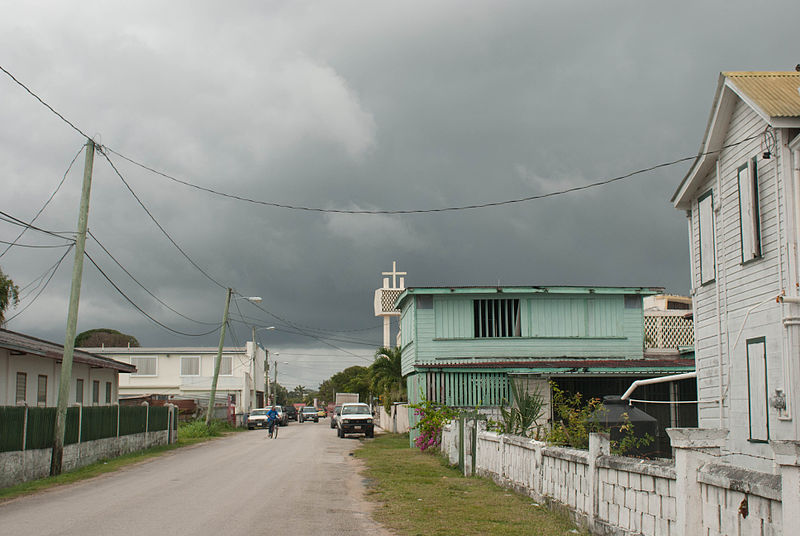 800px-Corozal_Town_street_on_a_gloomy_day_2